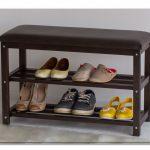 банкетки для обуви в прихожую комнату железная с оббивкой пример