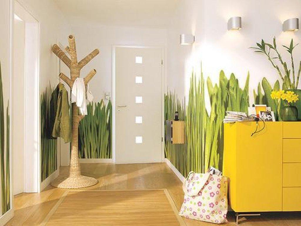 стиль прихожей комнаты в квартире в ярких тонах