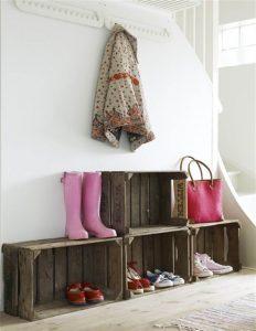дизайнерская вешалка с обувницей в прихожую дизайн картинка