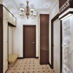 дизайн интерьера прихожей комнаты в доме в ярких тонах фото