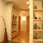 дизайн интерьера прихожей в квартире в светлых тонах фото