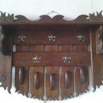 деревянная вешалка для прихожей комнаты конструкция картинка