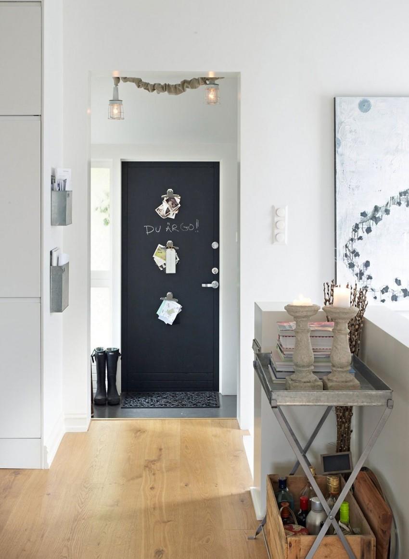 красивая маленькая прихожая комната стиль