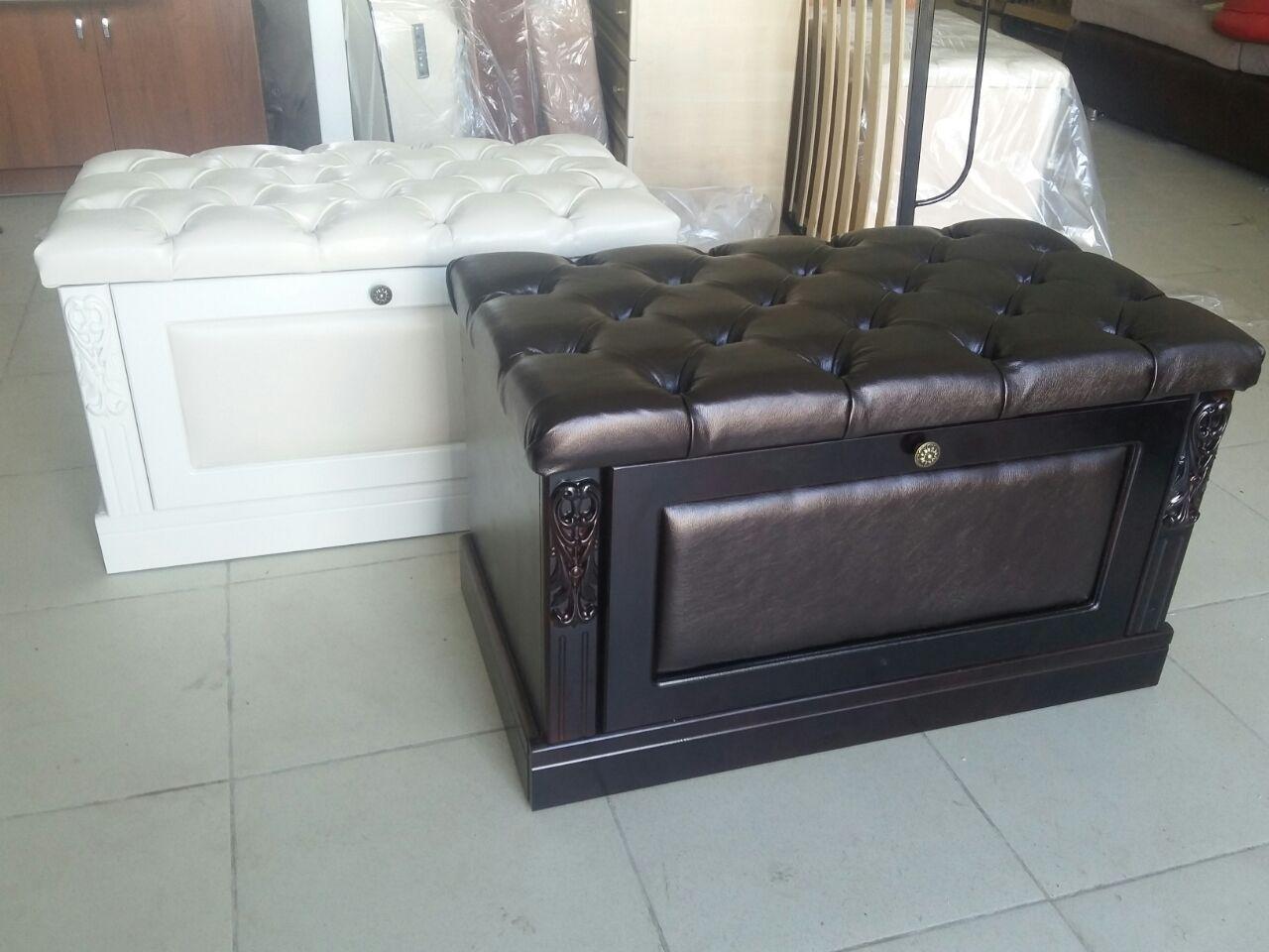 деревянная банкетка в прихожую комнату с дверцами дизайн