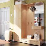шкаф в прихожую комнату из дерева фото