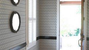 стеклотканевые обои в коридор дизайн фото