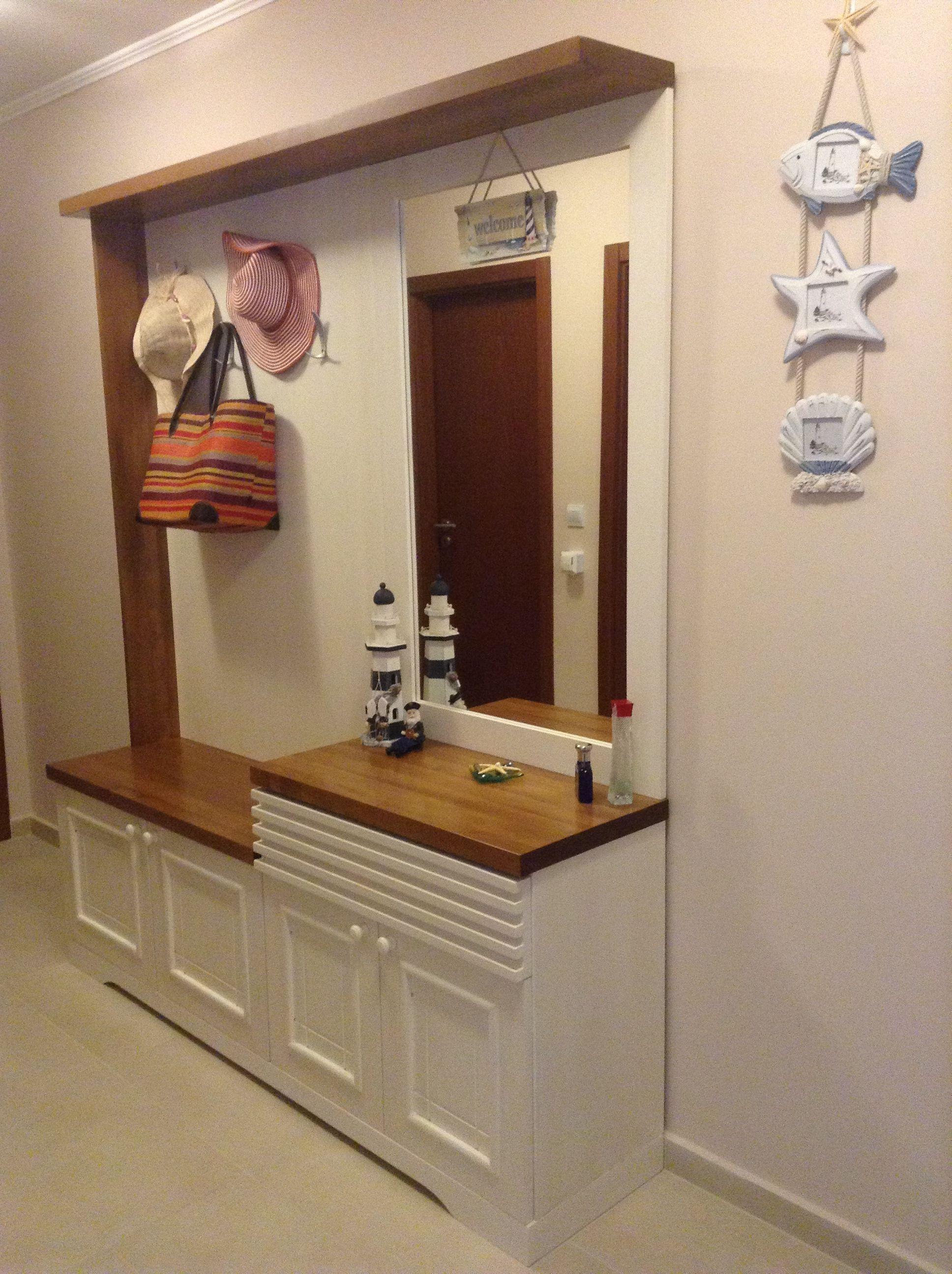 красивая проходная комната в дизайне прованс
