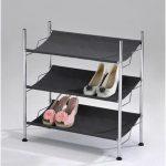 кованная подставка для обуви в прихожую комнату дизайн фото