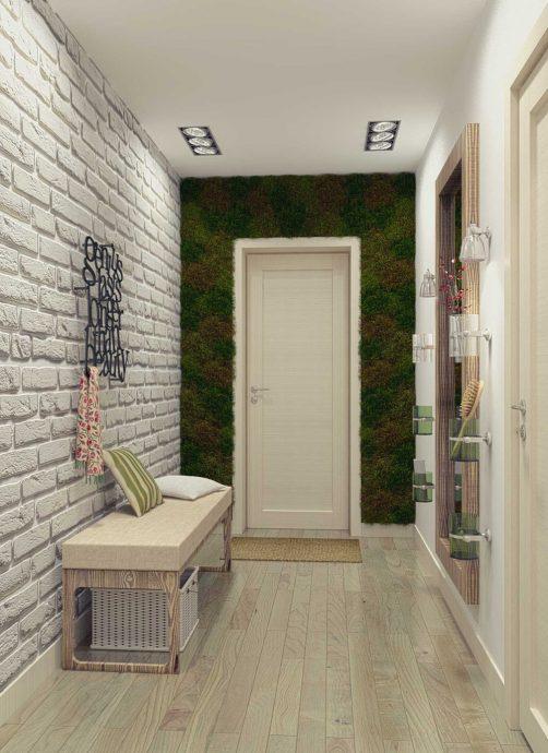 светлый интерьер прихожей комнаты с маленьким коридором фото