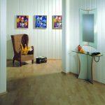 светлая отделка прихожей комнаты пластик фото
