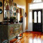 яркая проходная комната в дизайне прованс картинка