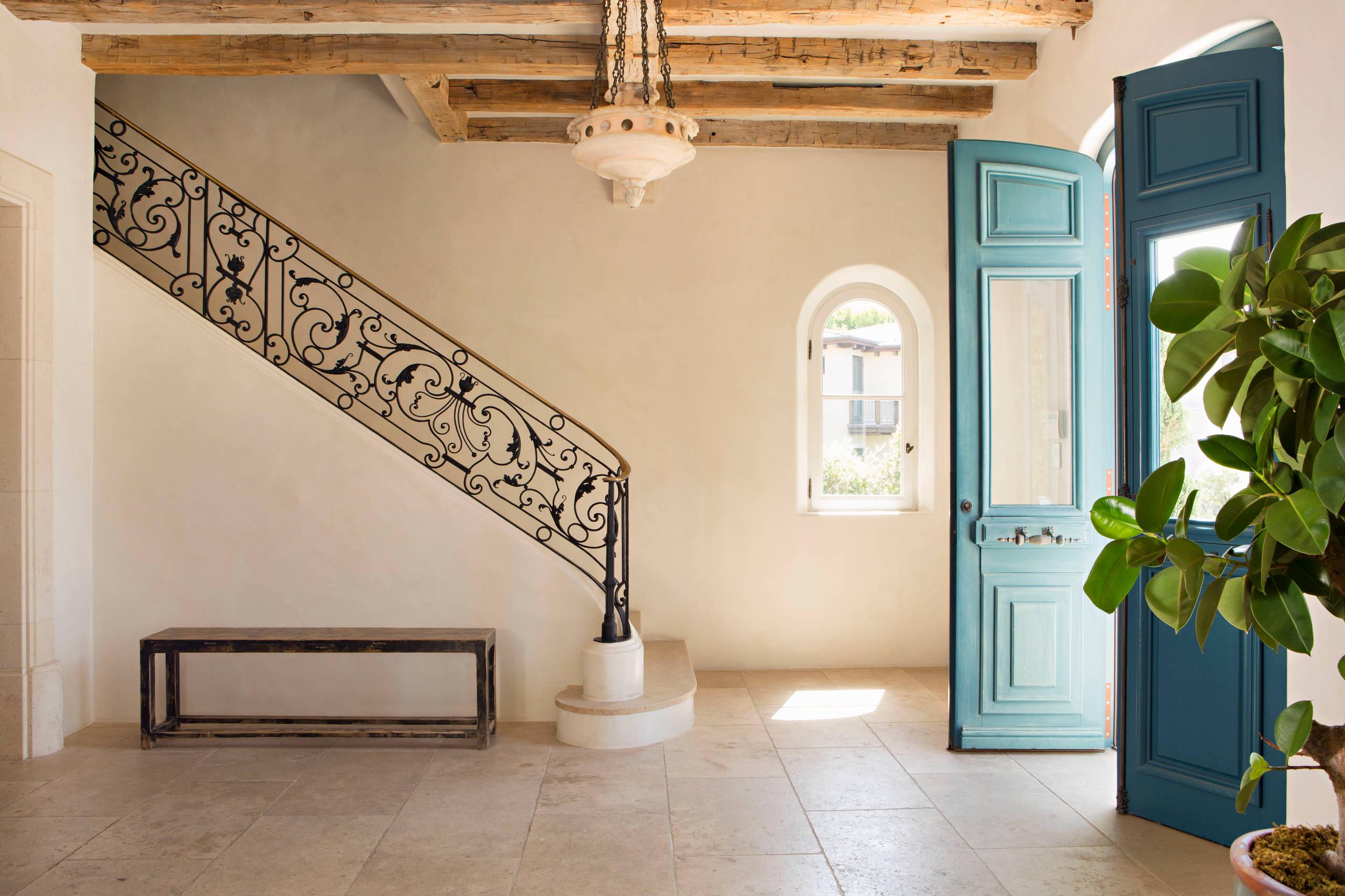 красивая коридор в стиле прованс