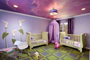 красивый натяжной потолок из пвх пленки в игровой комнате фото