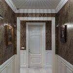 яркий стиль прихожей комнаты с маленьким коридором фото