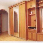узкий шкаф купе в коридор дизайн