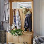 шкаф в проходную комнату из массива дерева фото