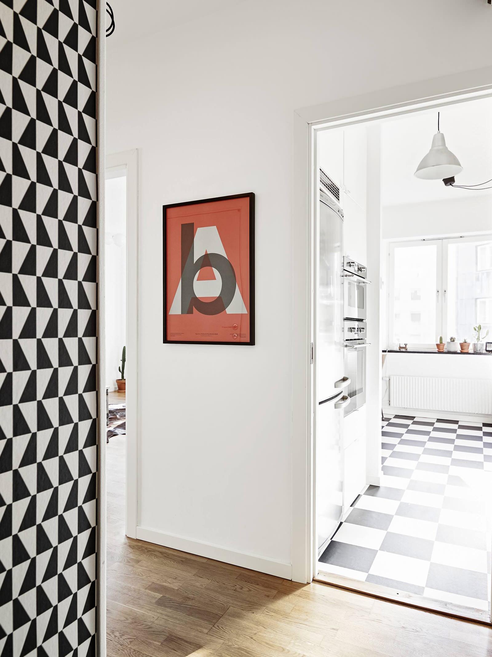 красивая прихожая комната в скандинавском стиле