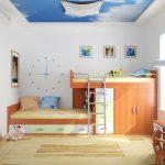 светлый натяжной потолок из натяжной ткани в игровой комнате картинка