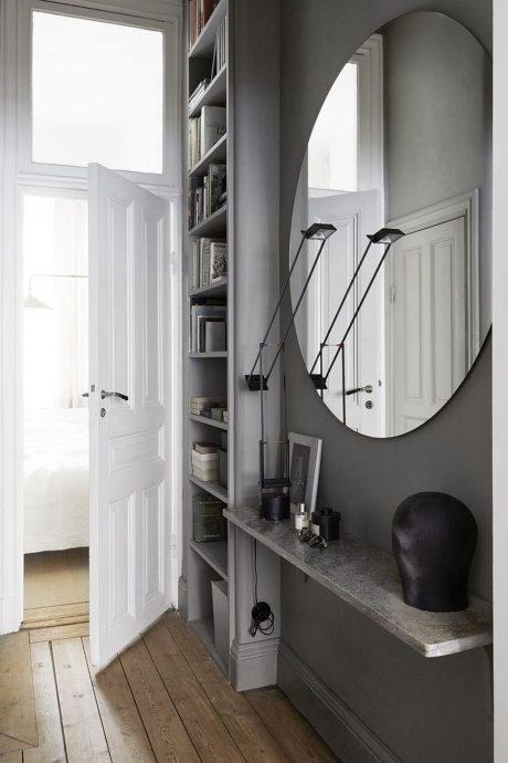 светлый дизайн маленького коридора в современном стиле картинка
