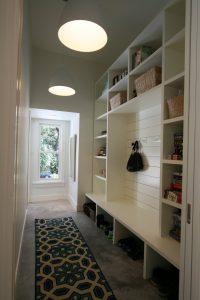 светлая плитка в прихожую комнату в стиле ретро картинка