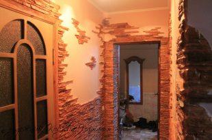 светлая отделка проходной комнаты пластик фото