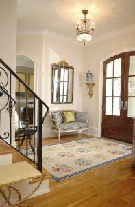 светлая коридор в классическом стиле стиль картинка