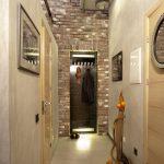 интересный стиль проходной комнаты с маленьким коридором картинка